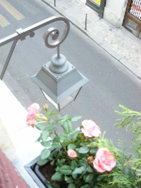 Delightful apartment in the heart of the Marais, feel right at home!