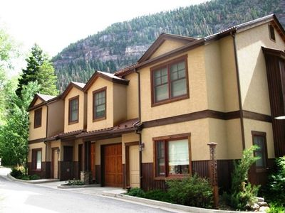 Elkhorn Townhomes
