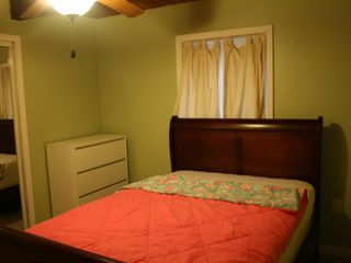 Bushkill house photo - Bedroom 1 - Full with Dresser and Ceiling Fan