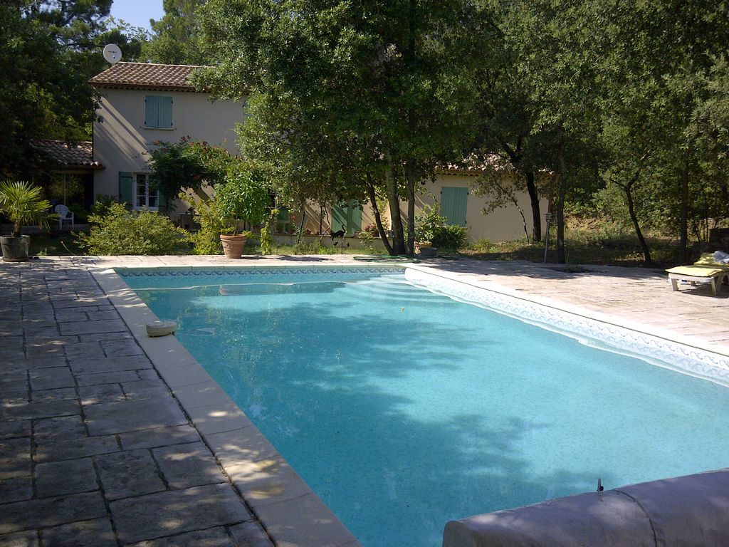 Provencal house near the ardeche homeaway pont saint esprit for Ardeche hotel avec piscine
