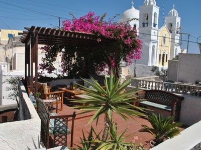 A charming and delightfully modernised traditional Greek home with sun terrace