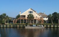 House w/ Boat Dock, Minutes From Gulf Of Mexico, Golf Cart , Bay Beach Nearby