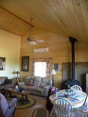 Grand Canyon cabin photo - Great room.
