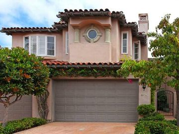 La Jolla townhome rental - Front of Home!