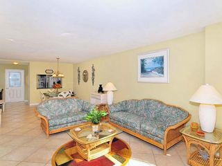 Lido Key condo photo - Living room