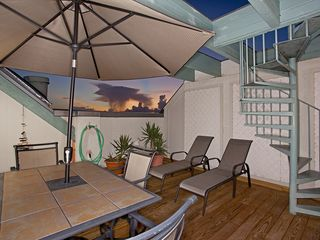 Key West condo photo - Lounge Chairs to work on your tan