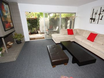 Brentwood condo rental - Spacious Living Room with Private Patio