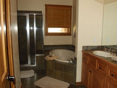 Master Bath - Main Level