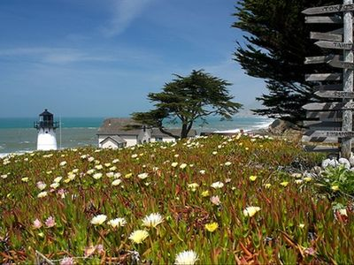 Historic Montara Lighthouse only 5 minute walking distance!