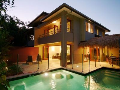 Port Douglas villa rental - .