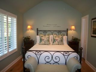 Saugatuck / Douglas cottage photo - Guest Bedroom