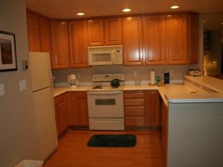 Midway condo photo - Kitchen