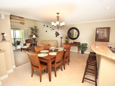 Spacious dining area for entertaining and relaxing