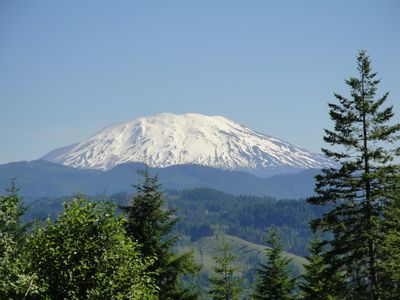 Cougar house rental - Mt St. Helens