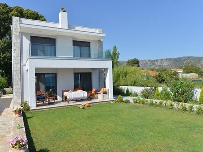 A Family Friendly Sea View Villa. Cycling Walking Fishing Birdwatcing Swimming