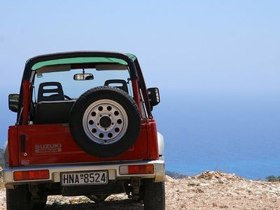 We can arrange car hire waiting at Gaios Port