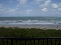 Beautiful Direct Oceanfront Condo in Windrush