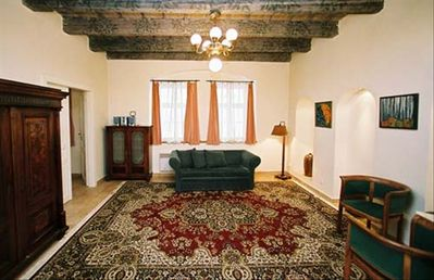Wooden ceiling beams, stone floors, great carpets in Vlasska 2