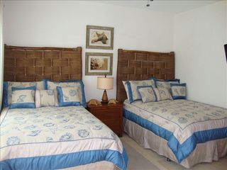 Punta Cana condo photo - Second Bedroom (Full size beds)