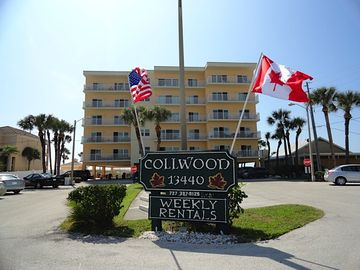 Madeira Beach condo rental - Building