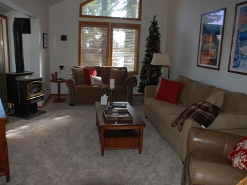 Donner Lake house rental - Lopi gas stove in the living room