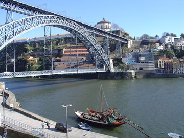 Vitoria apartment rental - View from window to D. Luis bridge ' as a balcony '