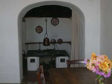 Casa Cennini-the antique big fireplace