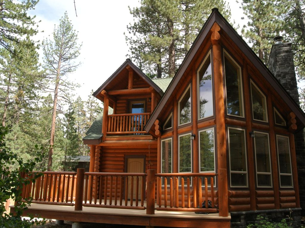 Gorgeous Modern Log Cabin With Fireplace Near Vrbo