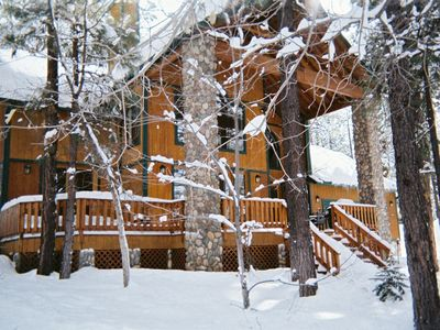 Pinetop cabin rental - Winter At The Ponderosa Lodge