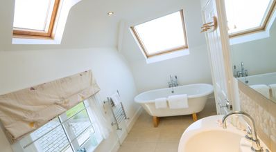 Top Bathroom - Large bath and shower, heated towel rail, underfloor heating