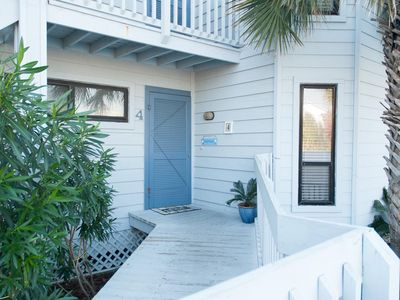 Laguna Beach condo rental - Front door of condo with steps from private parking.