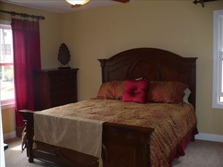 Lake Harmony house photo - Bedroom #1: Master Bedroom - King Size Bed