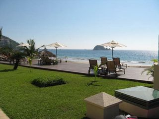 Ixtapa condo photo - Private oceanside deck for guests only