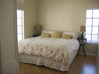 Mesa condo photo - Very comfortable King-size bed in the Master bedroom.