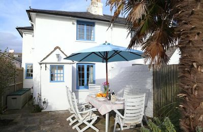 Gorgeous historic coastal cottage in West Wittering oozes character and charm.