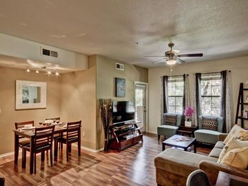 Phoenix condo rental - Open & modern living space with lots of natural light. 50 inch LED flat screen.