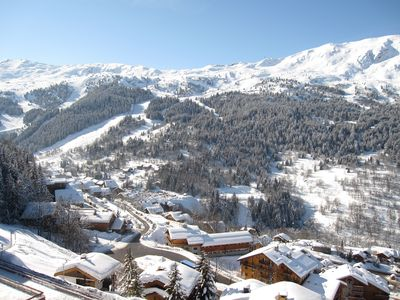 4 rooms on the slopes with panoramic views of the valley!