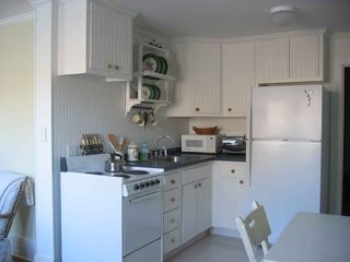 York studio photo - Fully Equipped Kitchen, full size frig, stove, microwave, blender.