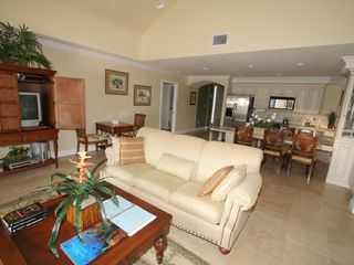 Little Cayman condo photo - Living Room Area