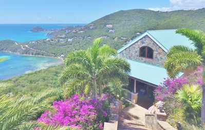 Little Palm Guest Suite has the most amazing sunrise to sunset views on St John!