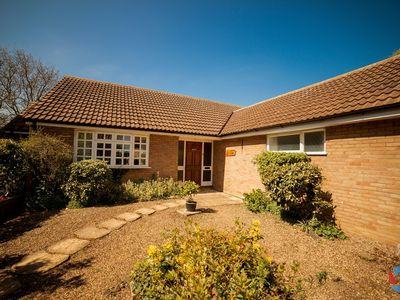 Large Detached Bungalow With Secluded Tranquil Garden Surrounded By Fields