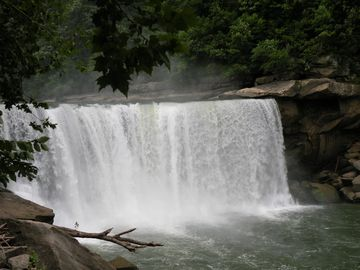 Cumberland Falls Is Only 30 Minutes From Cabin.