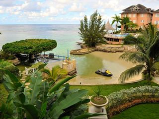 Ocho Rios villa photo - cove