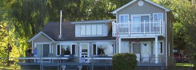 Lexington Lakehouse, The Gathering Place For Friends And Family