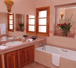 Gueliz villa photo - Bathroom