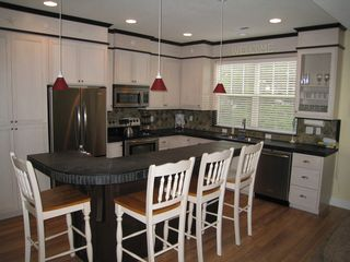 Lincoln City house photo - Kitchen w/Bar seating for 4