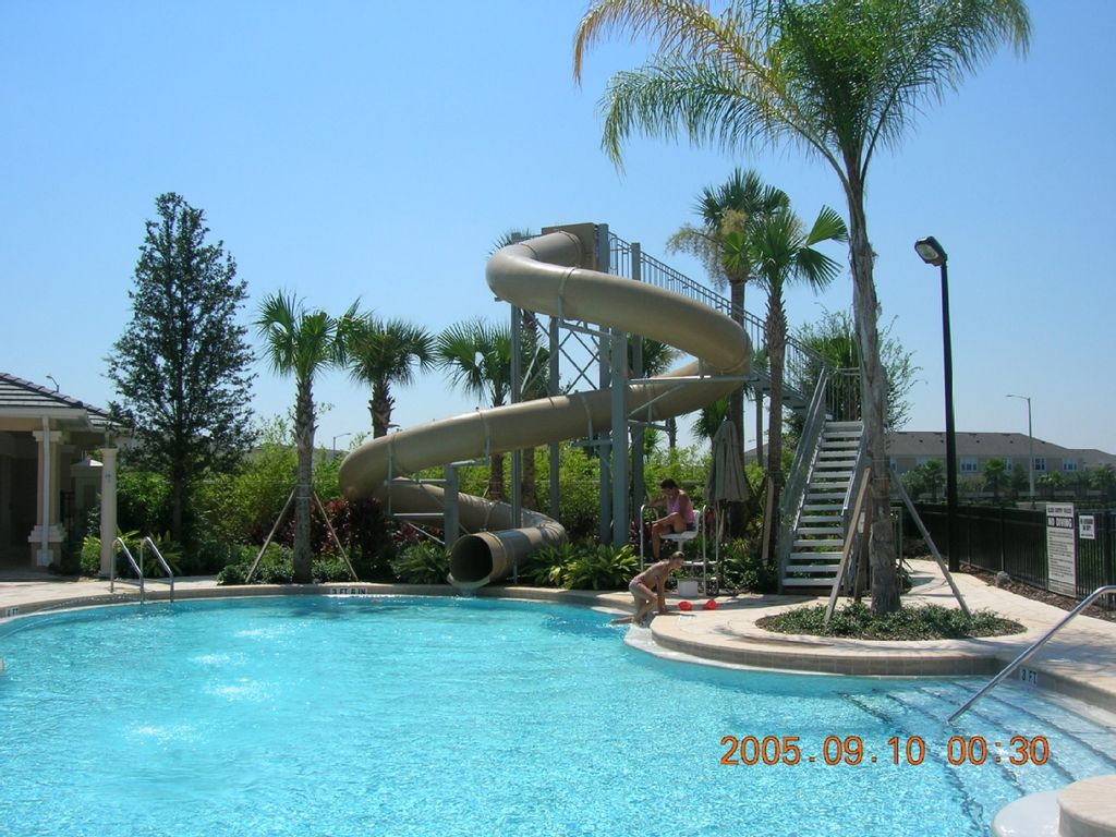 Windsor hills vacation rentals villa rentals homeaway for Windsor swimming pool with slides