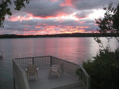 Lakefront Deck- SUNSETS!!!