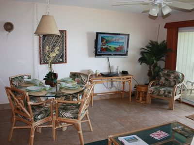 Kapaa condo rental - Dining area