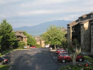 Gatlinburg condo photo - Beautiful mountain views, plenty of parking